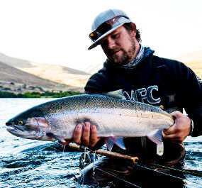 Guided fly fishing trips on the deschutes river the for Fishing store portland